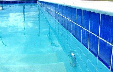 Een-zwembad