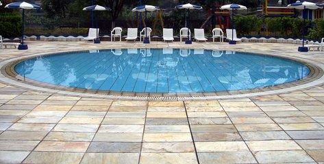 Eigen-zwembad